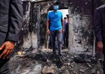 Sanwo-Olu Inspects Govt, Private Assets Destroyed By Hoodlums, Preaches Peace
