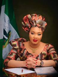 Nigeria @ 60:Imo First Lady Lavishes Gifts On Orphans, Babies, Physically-Challenged, Inmates