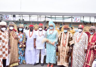 Confirment of the Chieftaincy Title of Onwa Na Etiri Oha of Owerri Zone on the Governor by the Ezes of Owerri Zone at the Heroes Square, Owerri